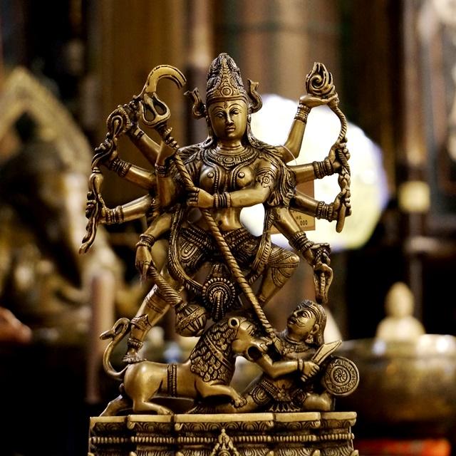 ドゥルガー(दुर्गा durgā)/ヒンドゥー教仏像