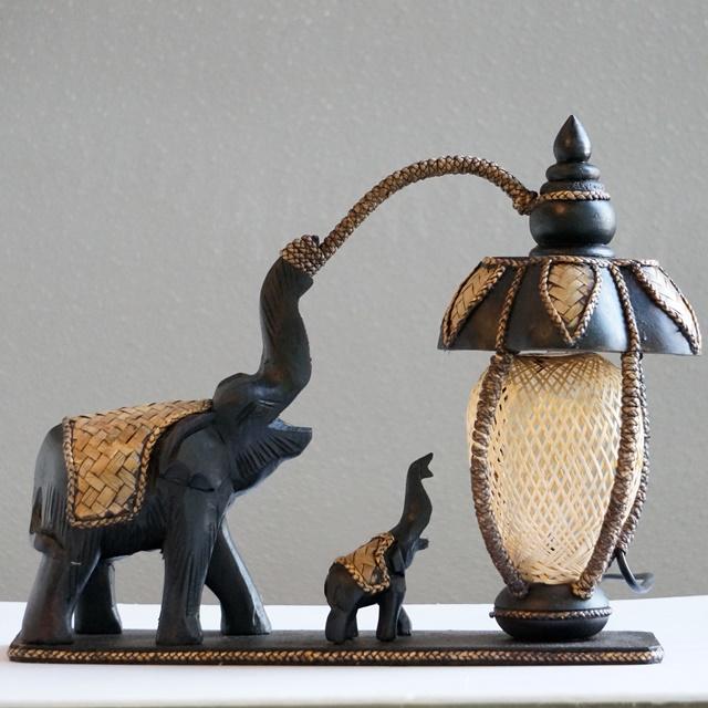 ゾウの親子のインテリアランプ