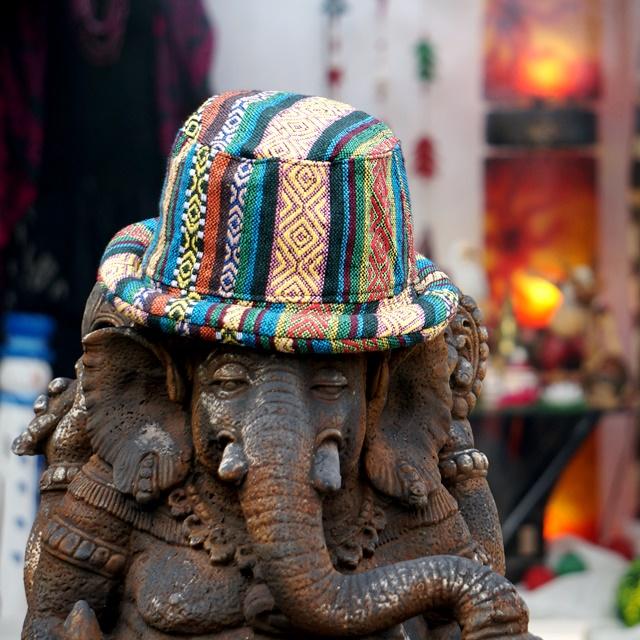 ジャガード織りハット