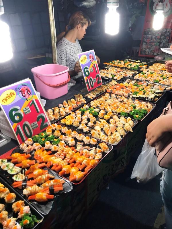 チャトチャックウィークエンドマーケット 寿司