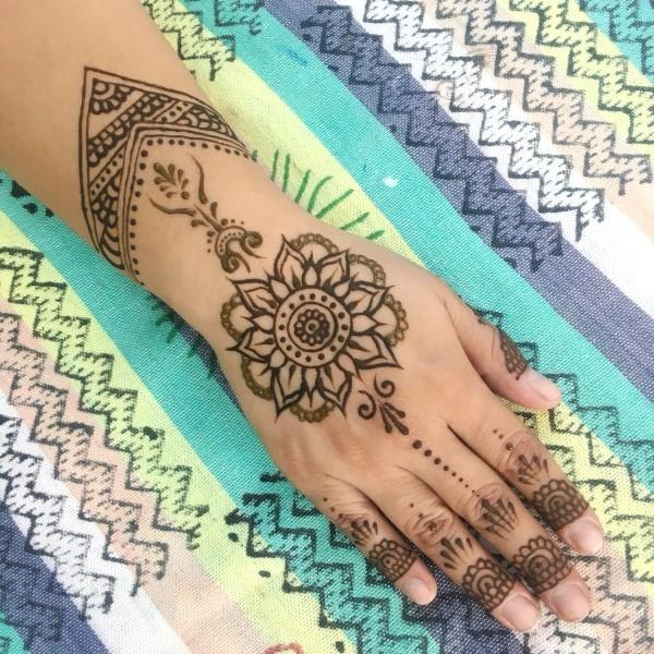 バリタイでヘナタトゥー&ジャグアタトゥーが出来ます!