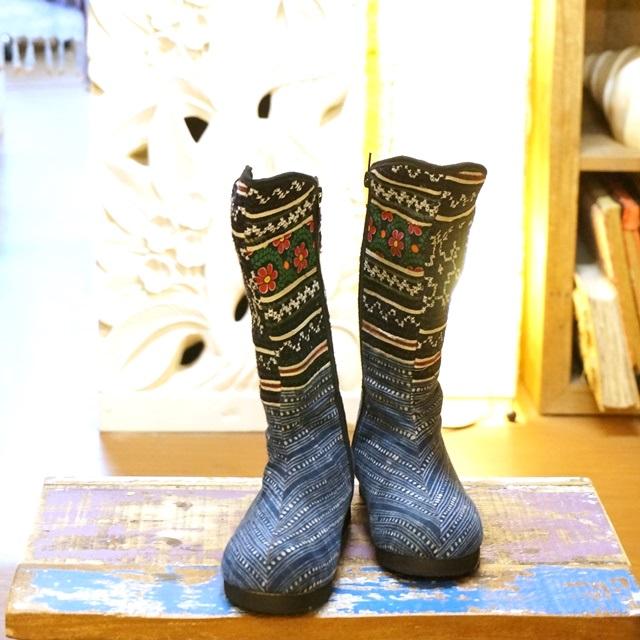 モン族ブーツ/エスニックファッション/オシャレは足元からとピーコは言った