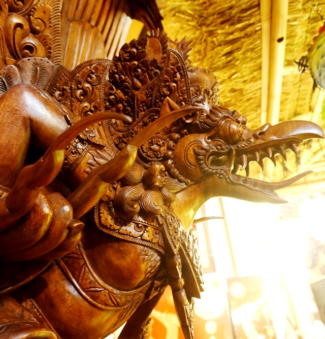 ガルーダ神像3m20cm入荷!/ヒンドゥー教ガルーダ/バリ島木彫り