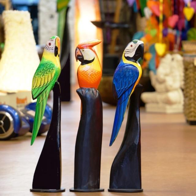 木で作った南国鳥/アジアンインテリア