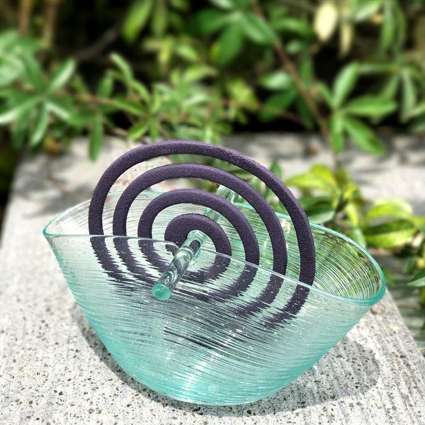 ガラスの蚊取り線香ホルダー