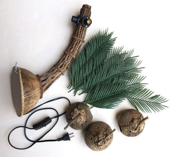 ブラケットライト/椰子の葉のランプ