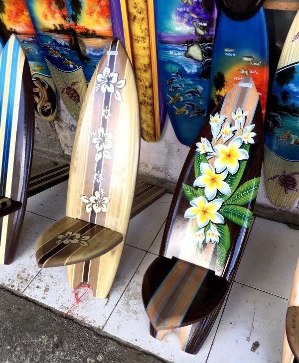 木彫りのサーフボード/椅子