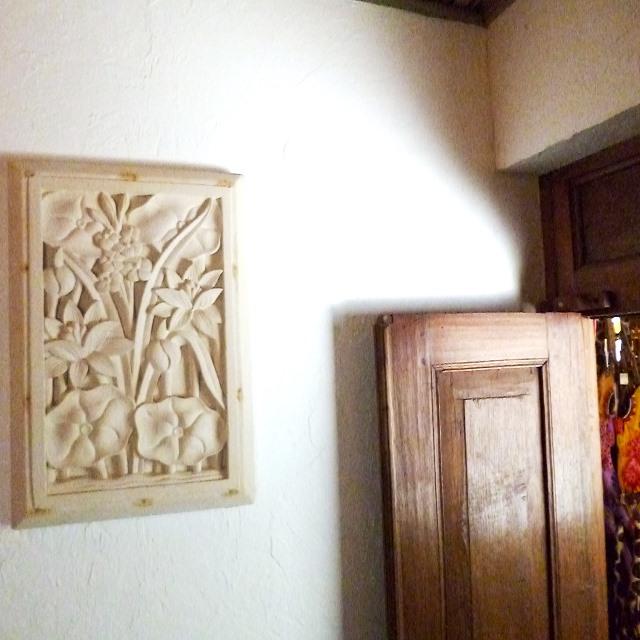 ライムストーン 壁掛けレリーフ