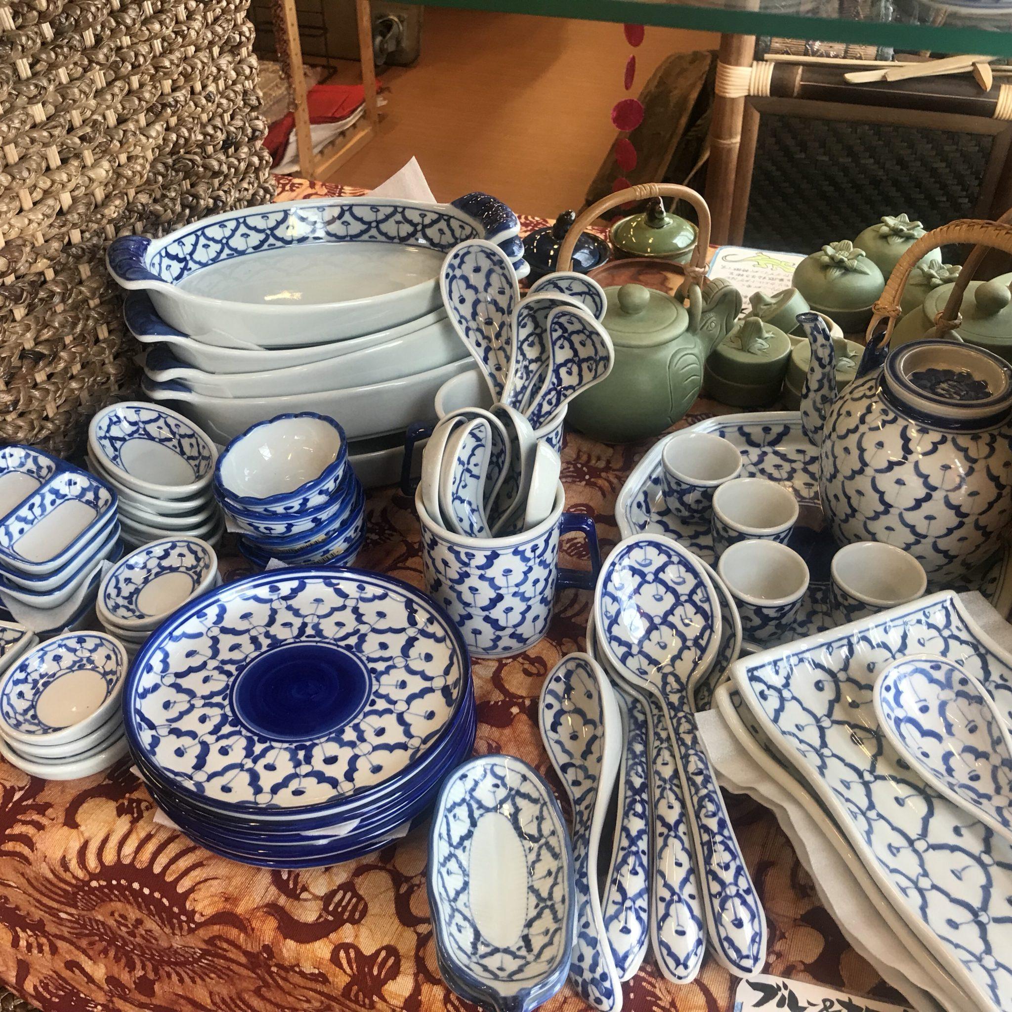 ブルー&ホワイト/タイ食器