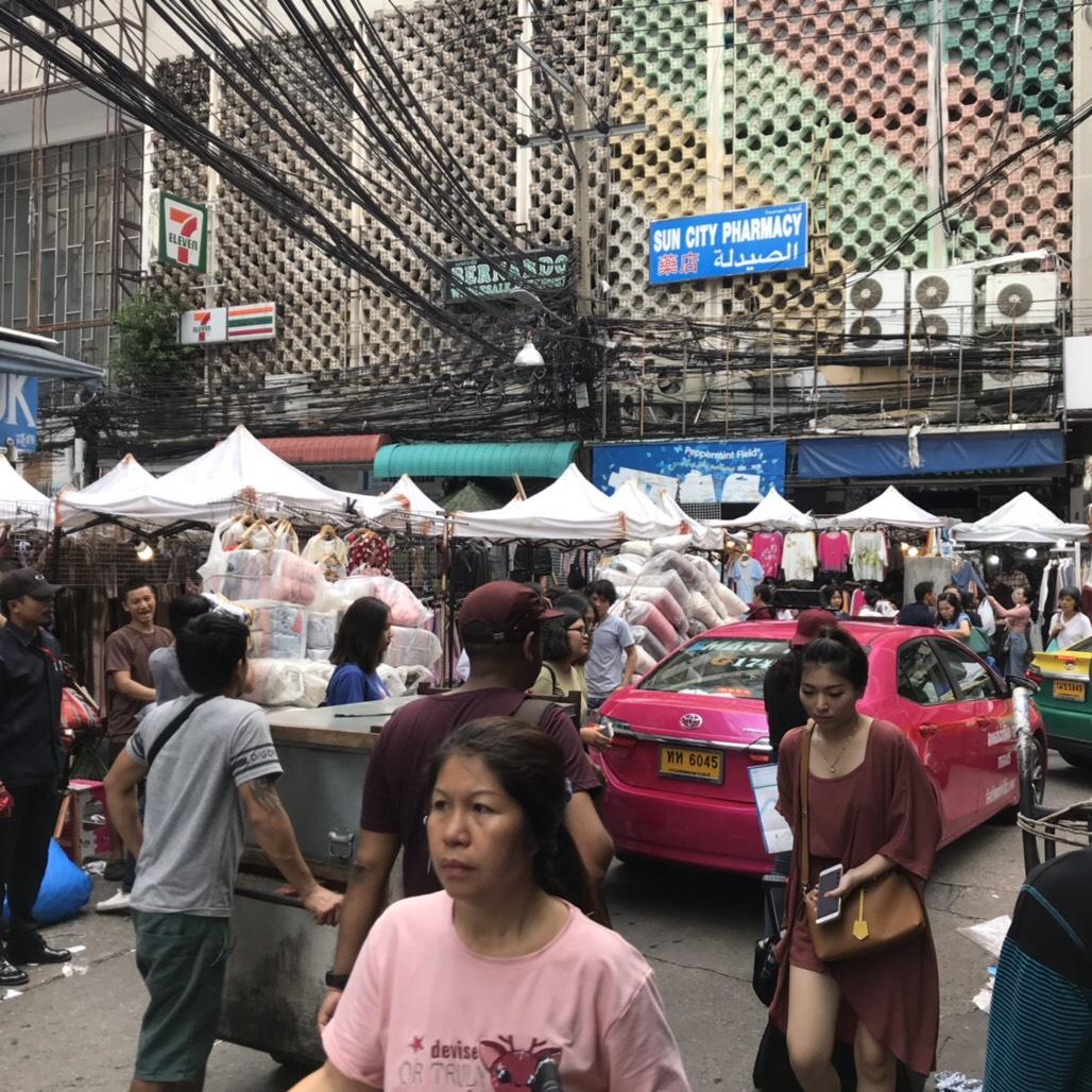 プラトゥナム 市場