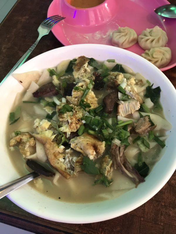 ネパール 麺