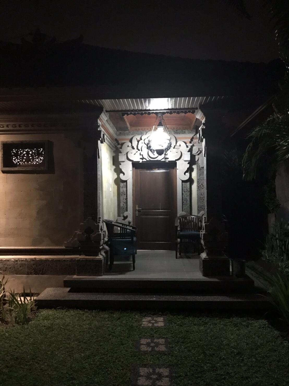セガラアグンホテル