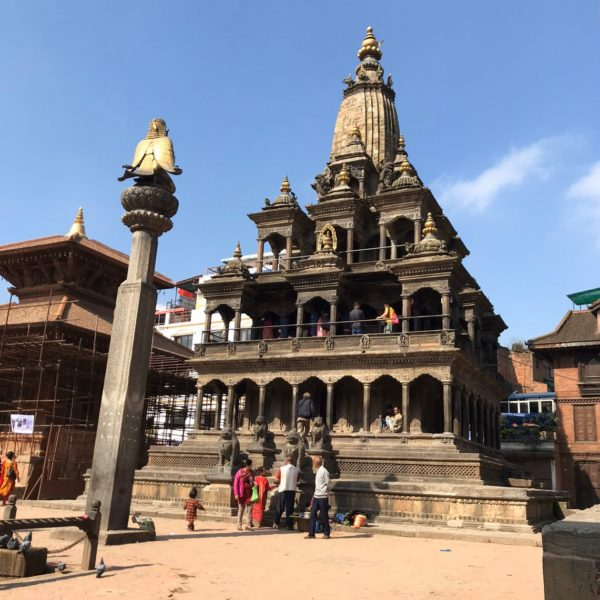 クリシュナ寺院/ダルバール広場