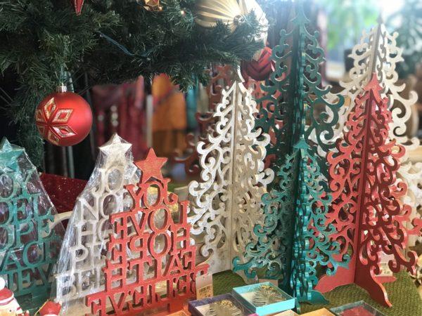 クリスマスツリー/バリ島雑貨