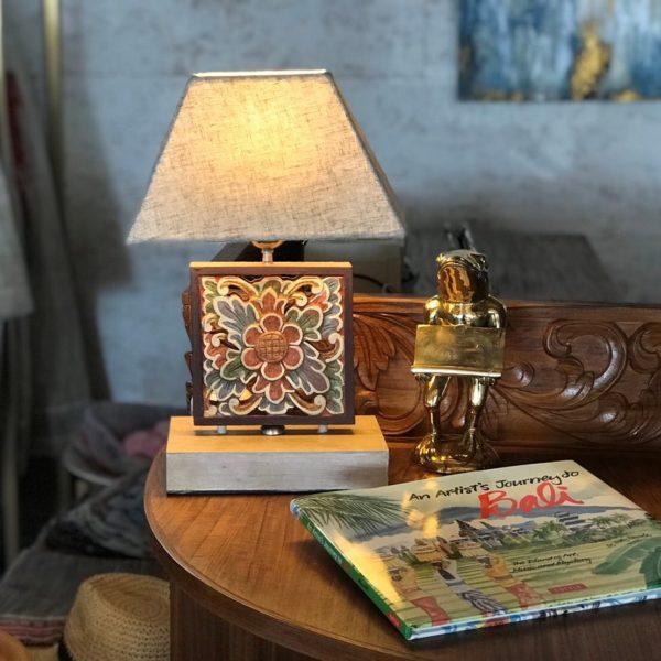 テーブルランプ/バリ島テーブルランプ/コットンシェード&レリーフ