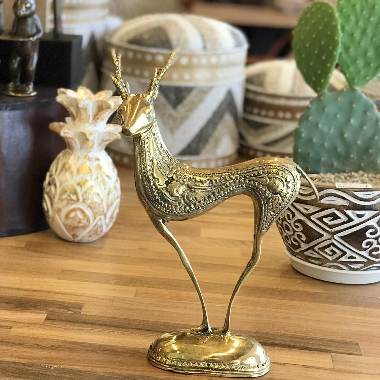 キジャン(鹿)の真鍮製オブジェ