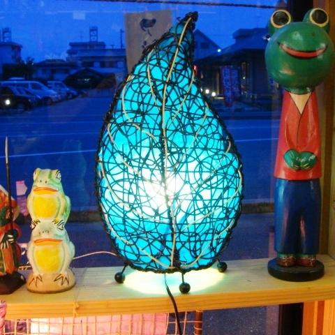 バリ 籐ランプ