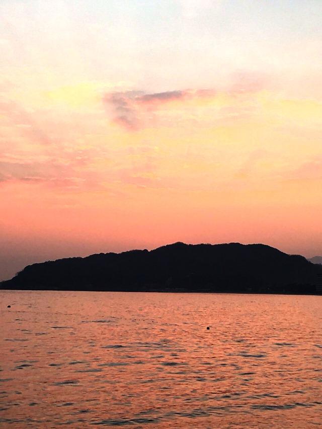 今津湾横浜海岸 初日の出