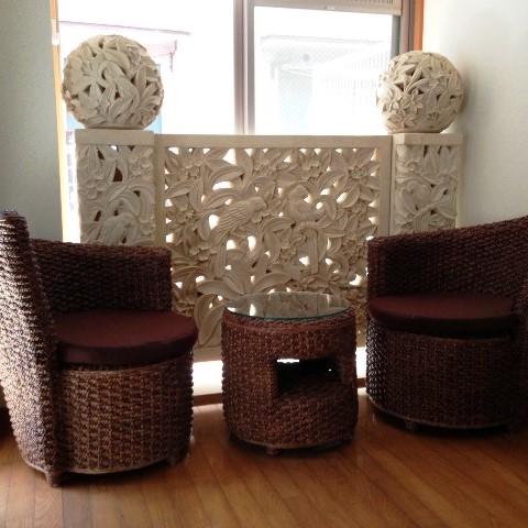 ライムストーン レリーフ&ウォーターヒヤシンス家具